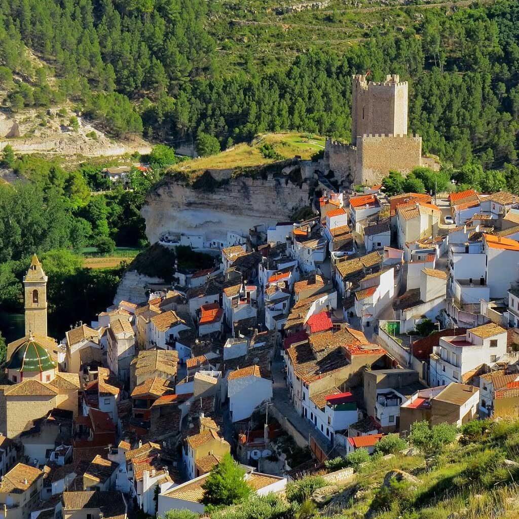 Vistas-aéreas-Alcalá-del-Júcar