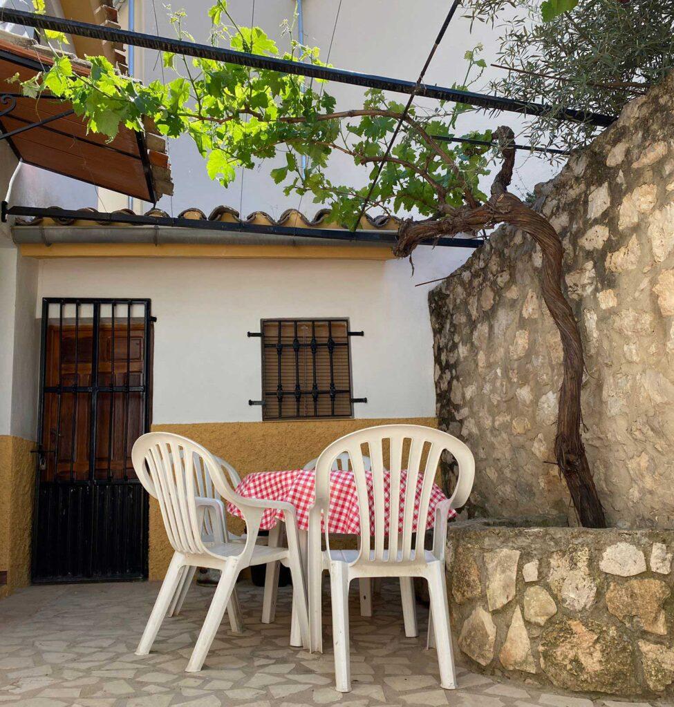 Patio exterior Casas Rurales Diego Paleta